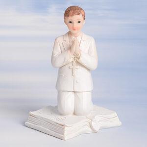 Kommunion-Junge, knieend auf Buch, Polyresin, H: 11,5 cm