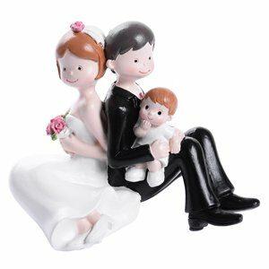 Brautpaar sitzend mit Kind Junge, Höhe 10 cm