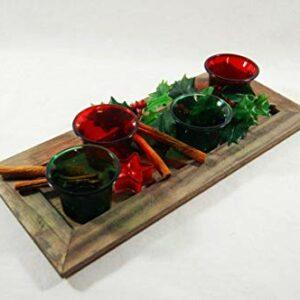 Die Familienfeier Holztablett dekoriert mit Teelichtern rot und grün