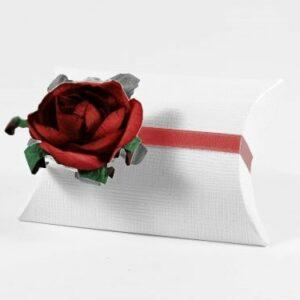 10 STÜCK Gastgeschenk BUSTA Seta weiss mit Papierrose bordeaux