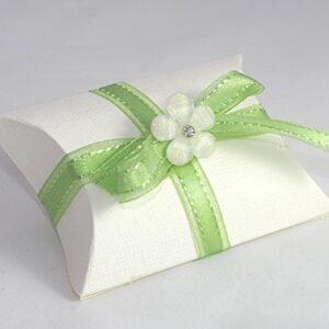 10 STÜCK Gastgeschenk zur Hochzeit – Busta weiß, Band apfelgrün, Facettenblüte weiß, gefüllt